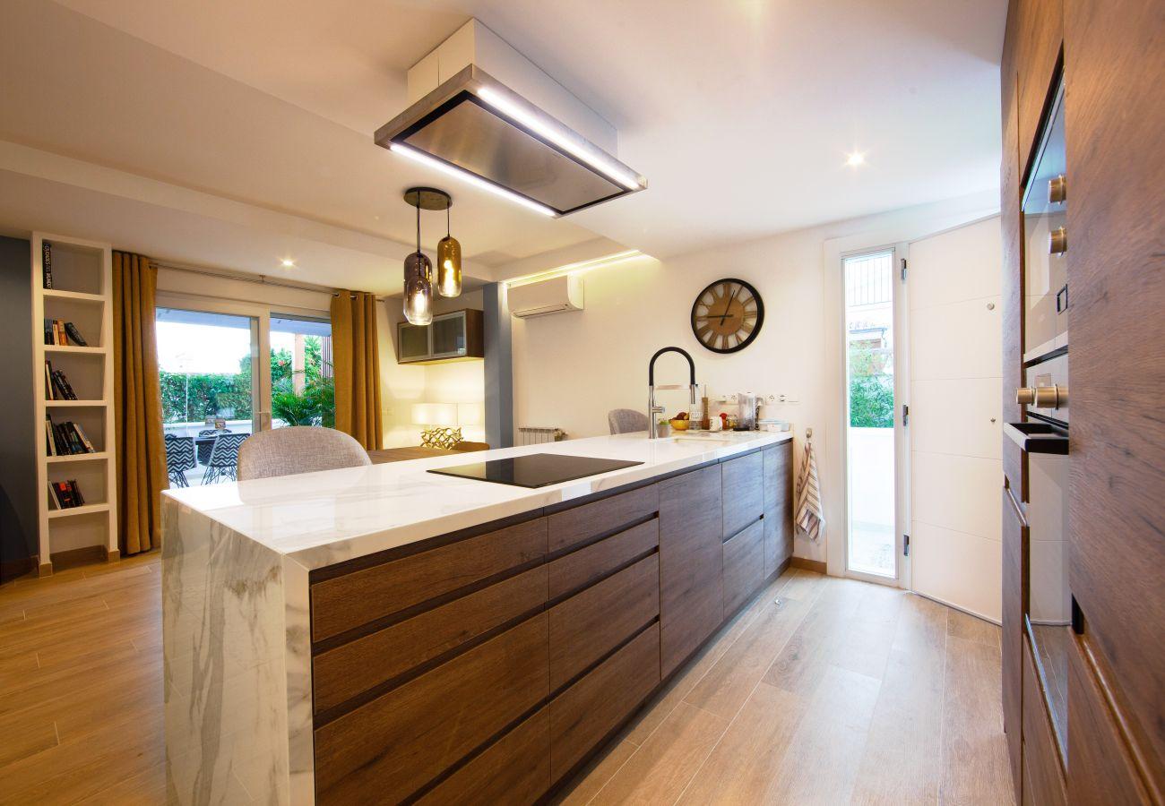 Casa en Marbella - Cómoda casa de playa con jardín privado en Costabella - Marbella