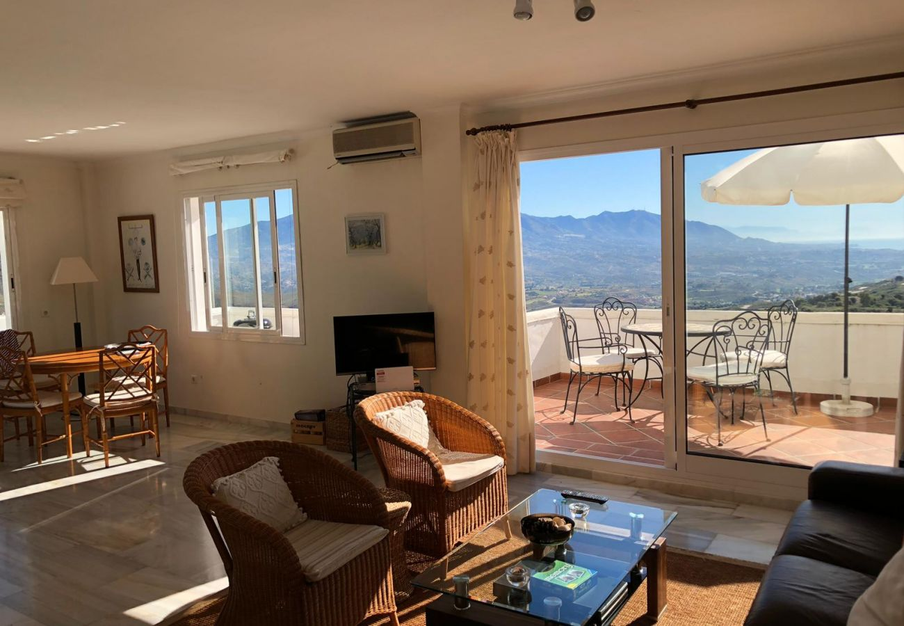 Apartamento en Ojen - Precioso piso en entorno natural La Mairena, Elviria