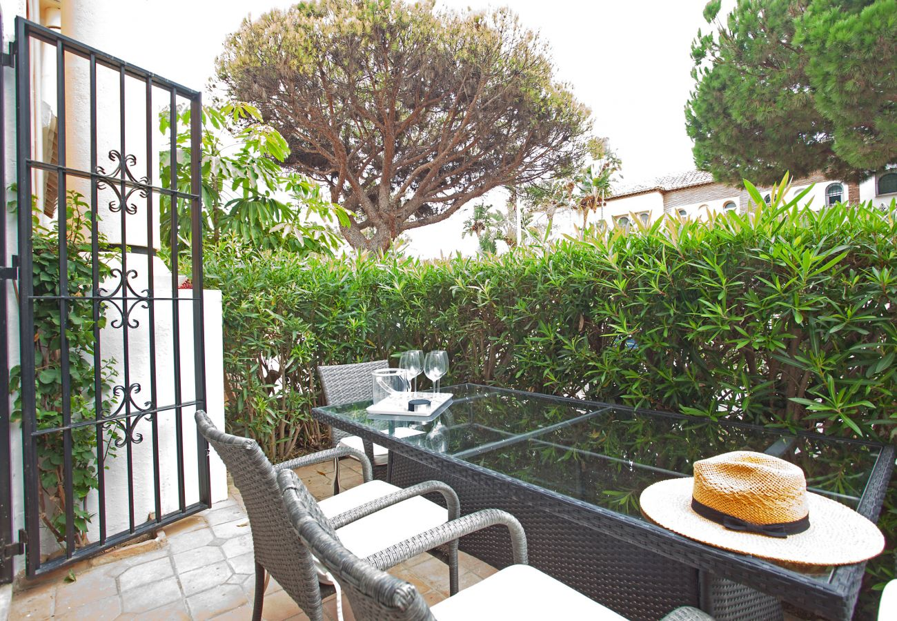 Apartamento en Marbella - White Pearl beach H1
