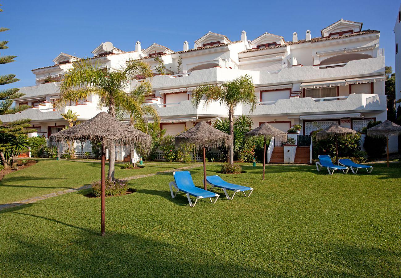 Apartamento en Marbella - Apartamento de tres dormitorios cerca de la playa de Elviria