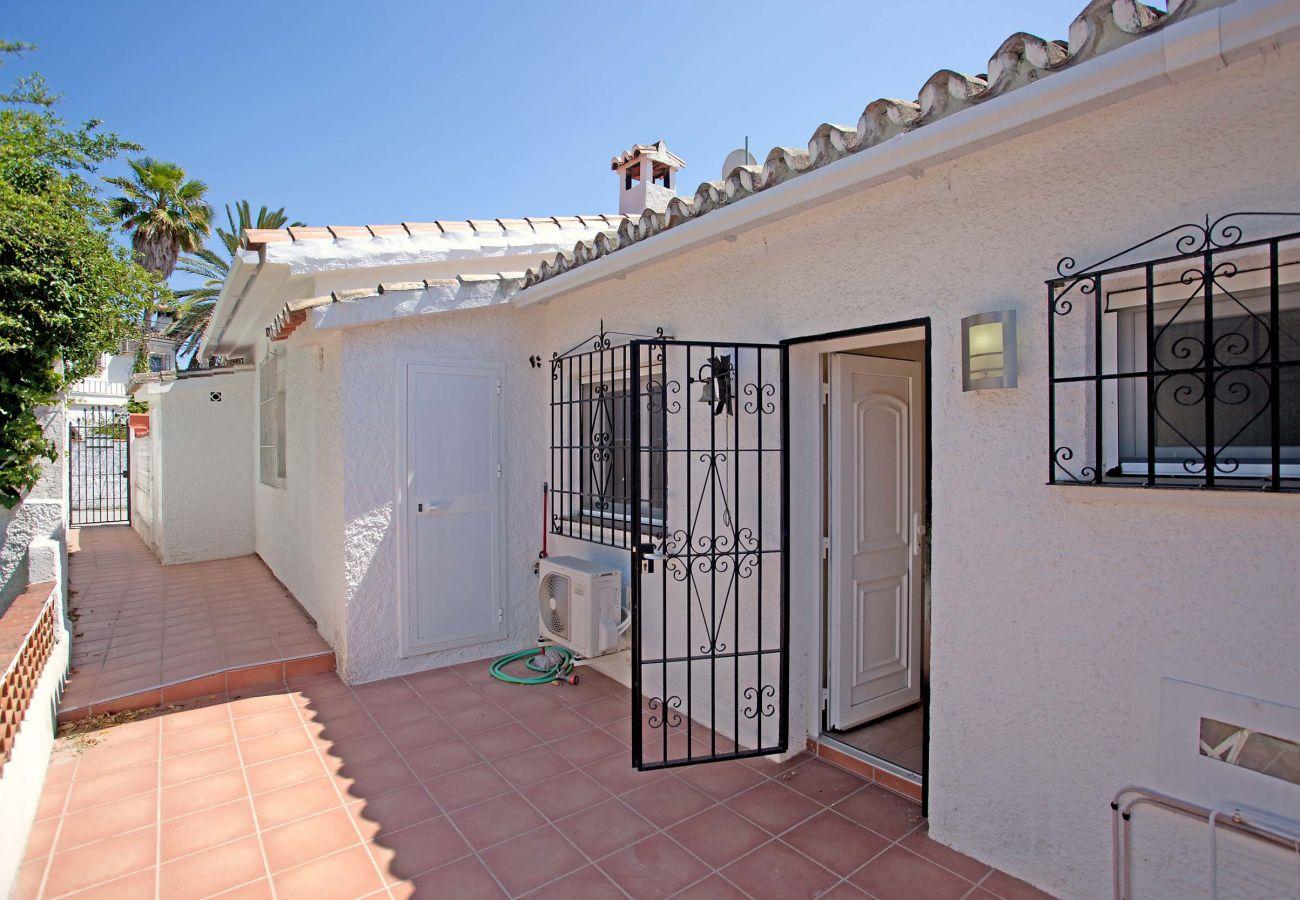 Casa en Marbella - Casa adosada cercana de la Playa en Costabella, Marbella