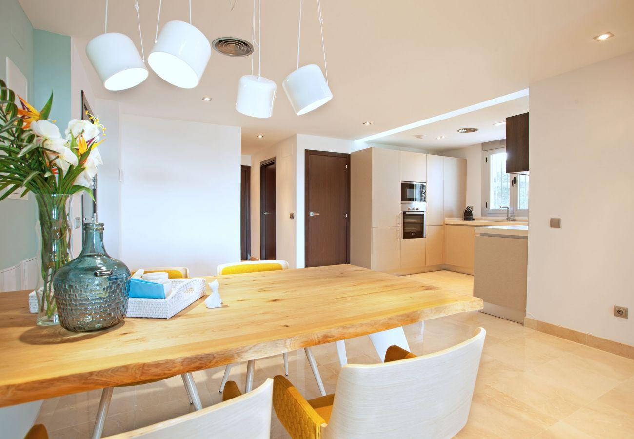 Apartamento en Ojen - Moderno apartamento de tres dormitorios en La Mairena