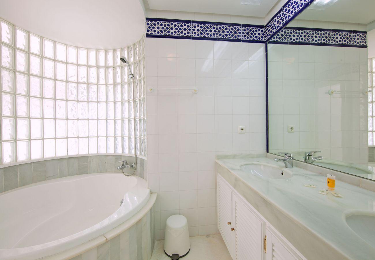 Apartamento en Ojen - Apartamento con excelentes vistas, El Vicario