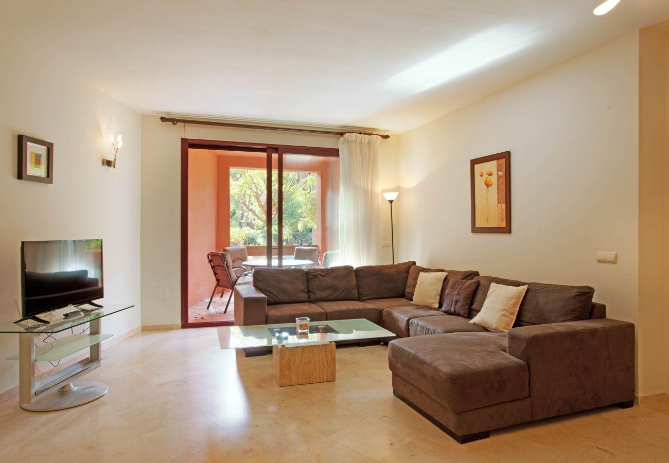 Apartamento en Marbella - Apartamento amplio con tres habitaciones cerca de la playa en Alicate Playa, marbella