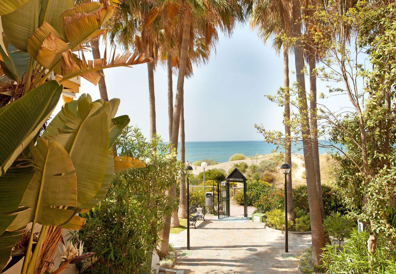 Estudio en Marbella - Estudio en Romana Playa con vistas al mar