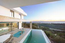 Villa en Marbella - Villa con vistas impresionantes en...