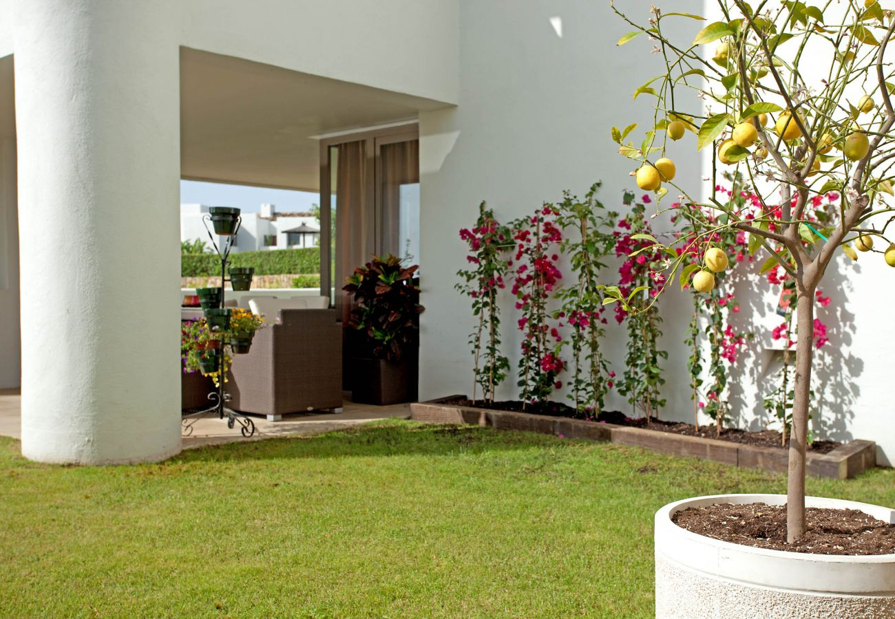 Apartamento en Benahavís - Planta baja en venta Alanda Los Flamingos