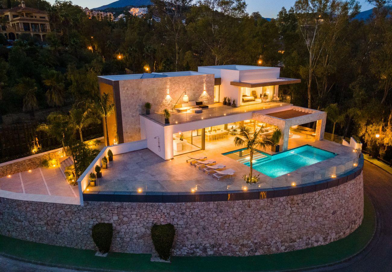 Villa en La Quinta - Villa en venta en El Herrojo, Benahavis