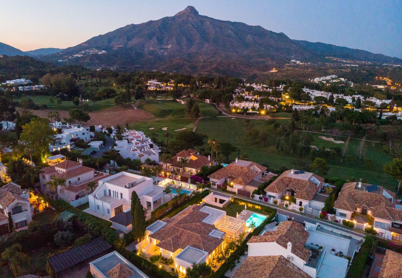 Villa en Marbella - Villa en venta en Aloha, Nueva Andalucía
