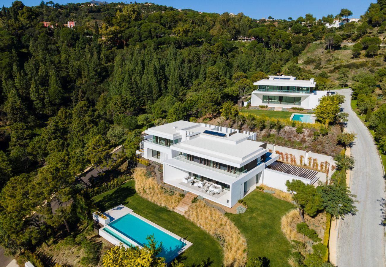 Villa en Benahavís - mpresionante villa moderna en Benahavis junto a Marbella