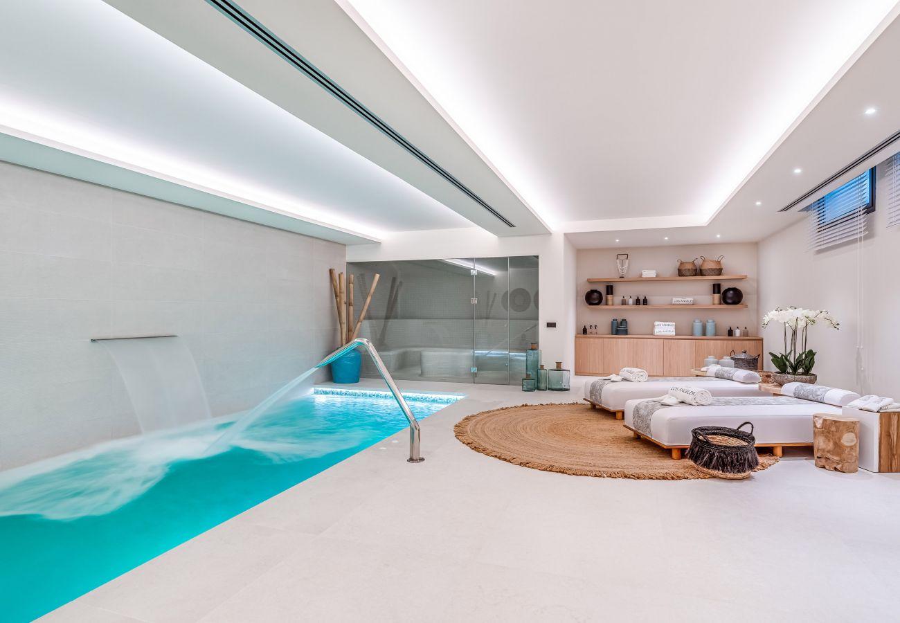 Villa en Marbella - Espectacular villa en venta en Sierra Blanca, Marbella