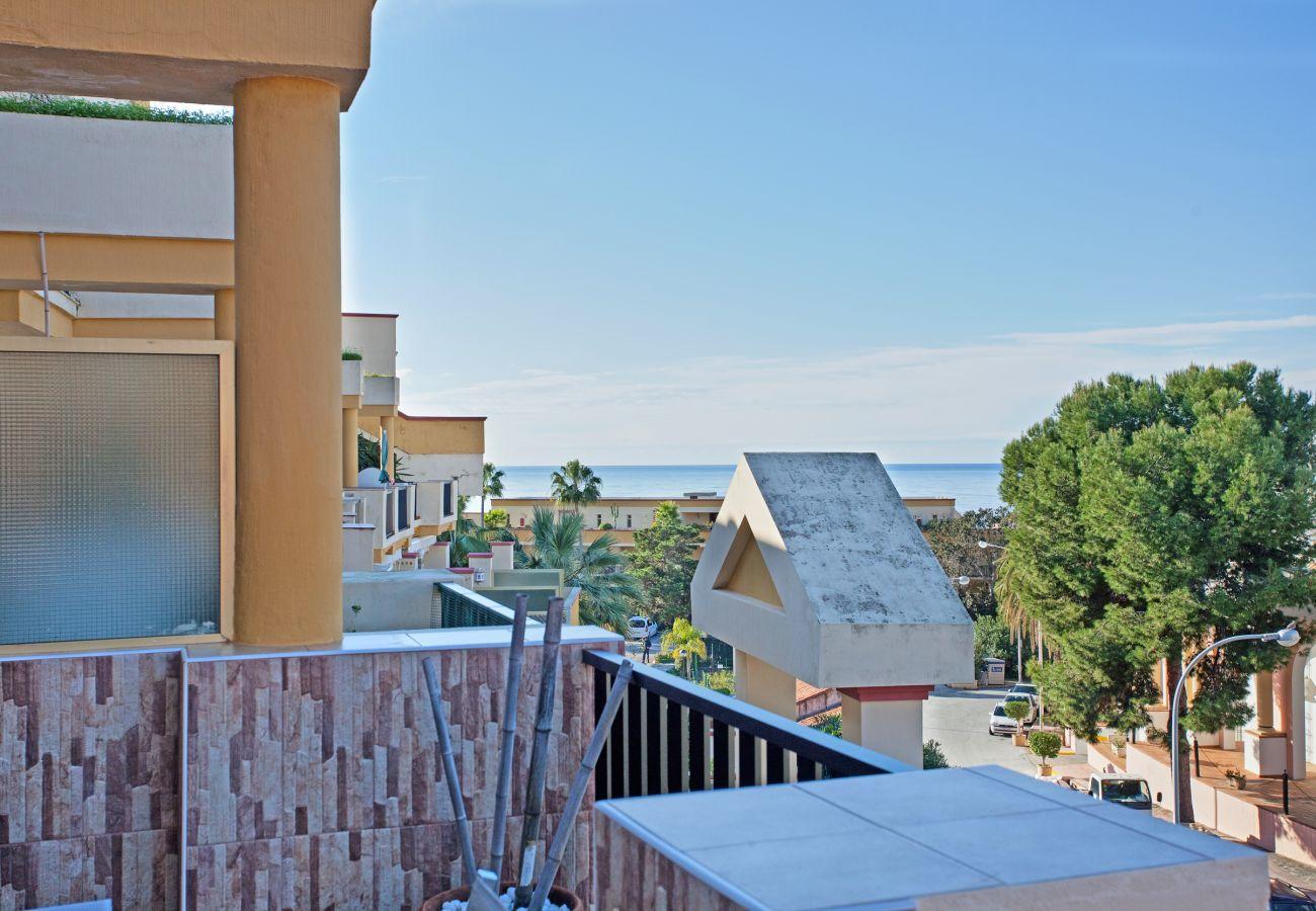 Studio in Marbella - Studio apartment with sea views in Elviria, Marbella