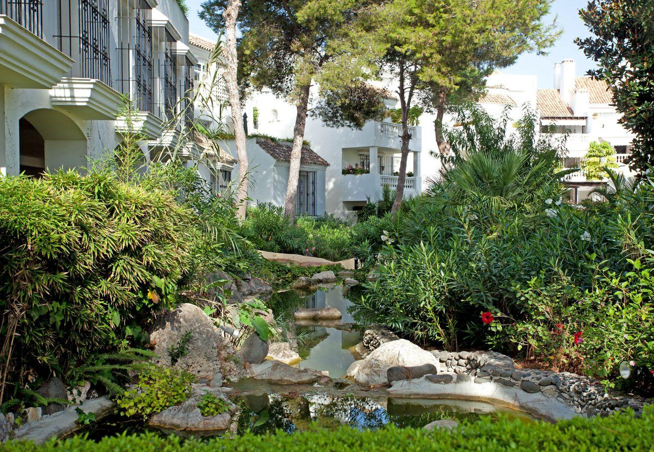 Apartment in Marbella - White Pearl beach H1