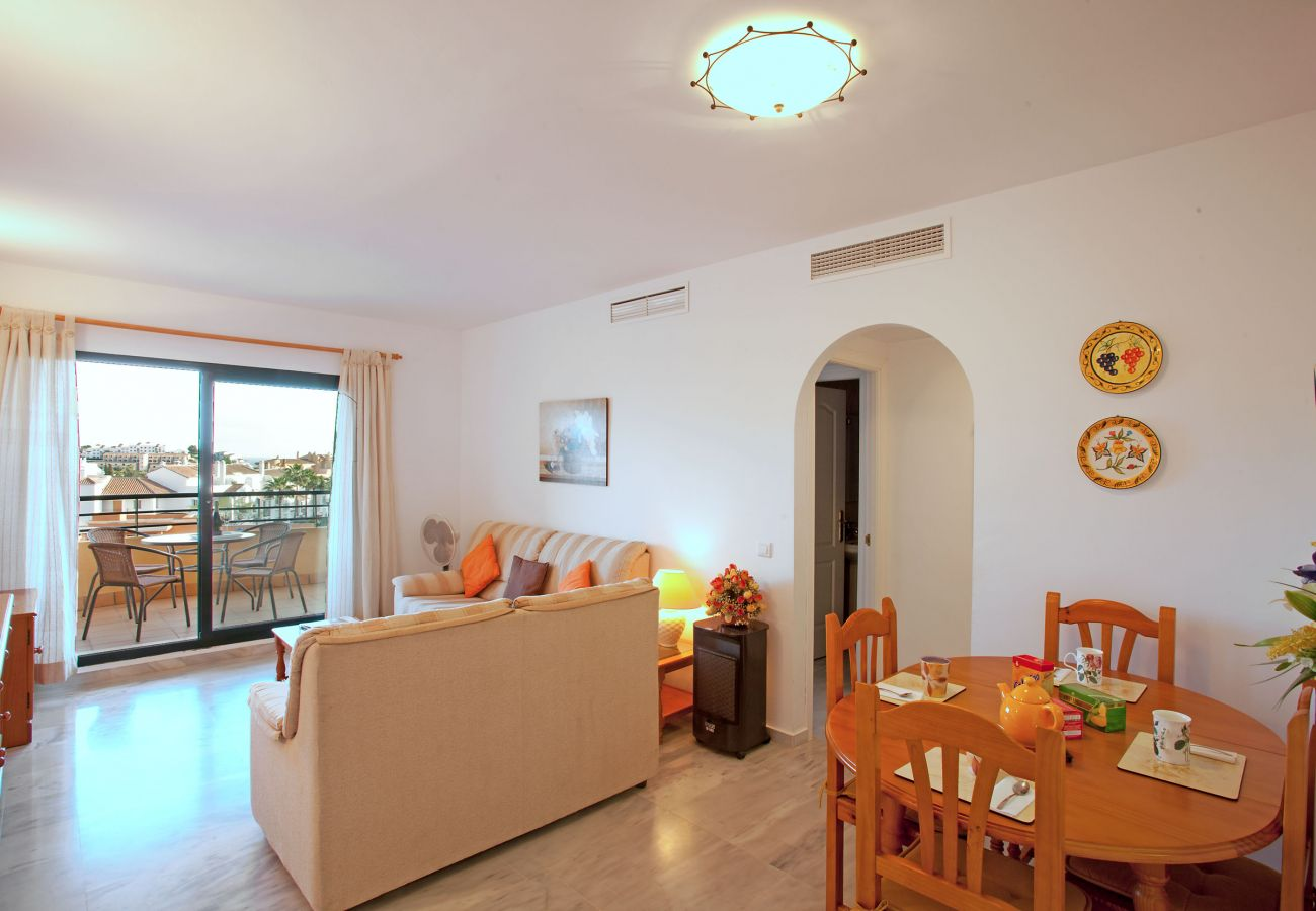 Apartment in Mijas Costa - Two bedroom apartment with sea views Mijas Costa