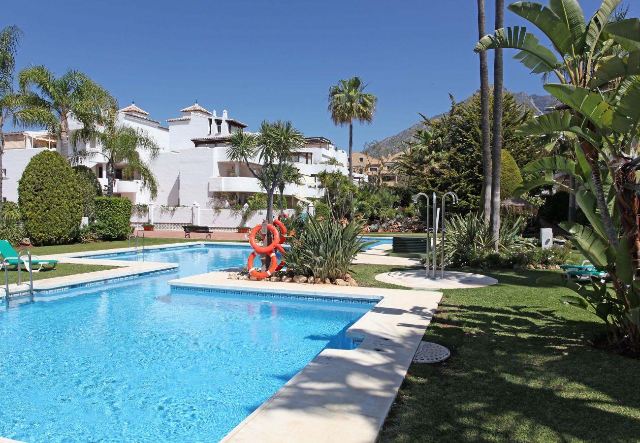 Apartment in Marbella - Jardines de Sierra Blanca Marbella