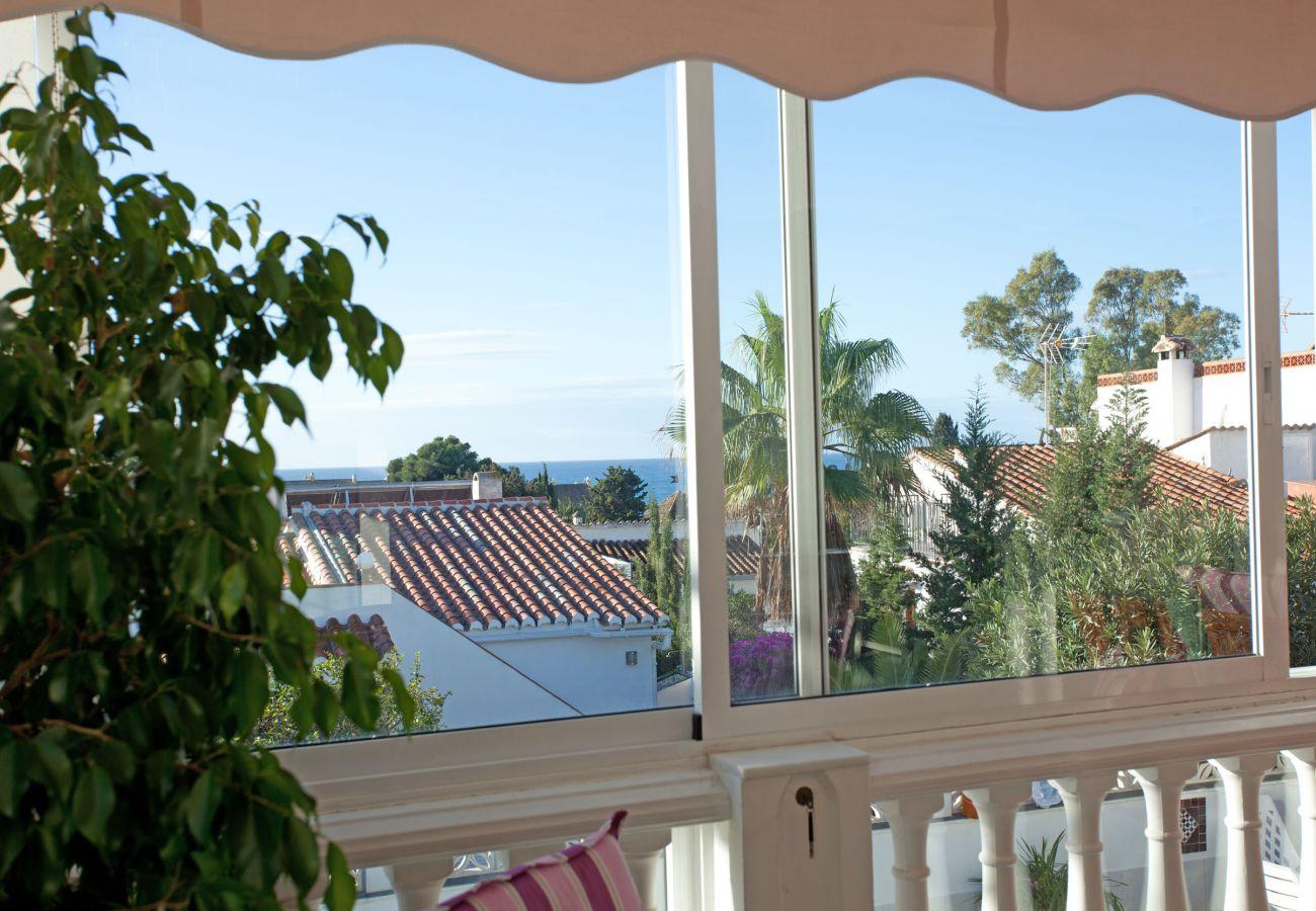 Villa in Marbella - Villa with private pool close to the beach, Costabella Marbella
