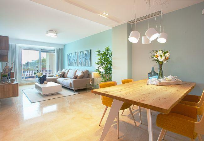 Ojen - Apartment