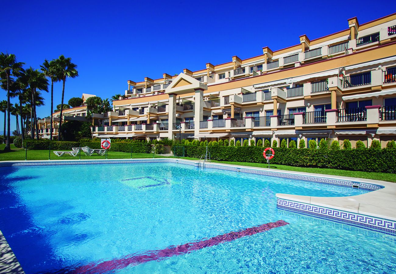 Apartment in Marbella - Romana Playa 802