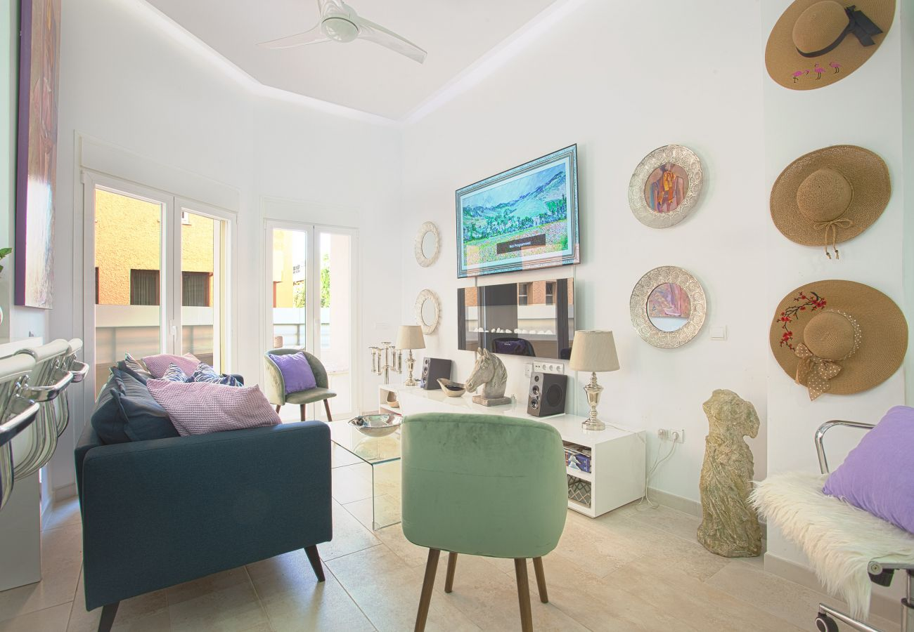 modern apartment for rent Marbella, living
