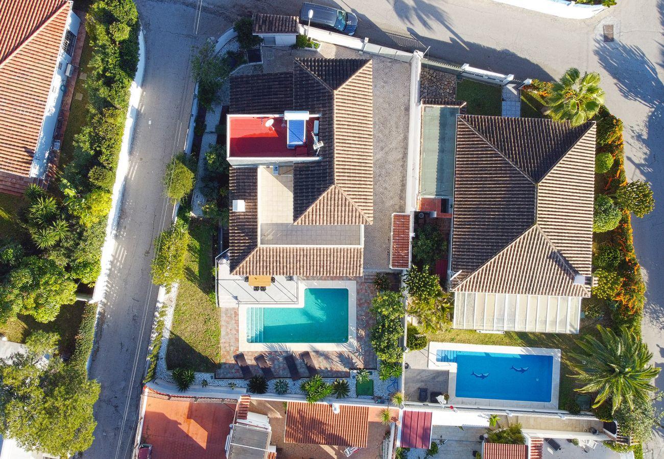Villa in Marbella - Modern villa close to the beach in Costabella, Marbella