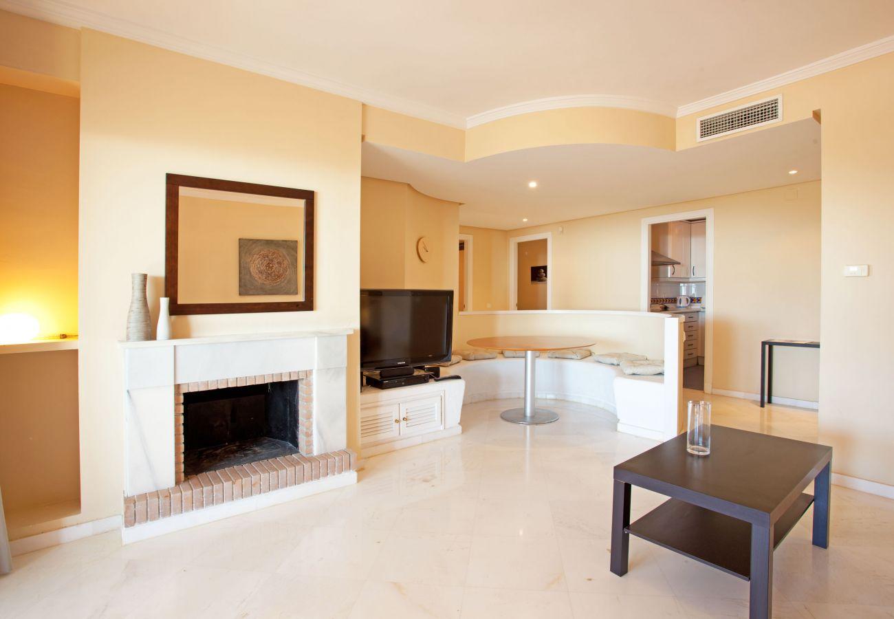 Apartment in Ojen - El Vicario