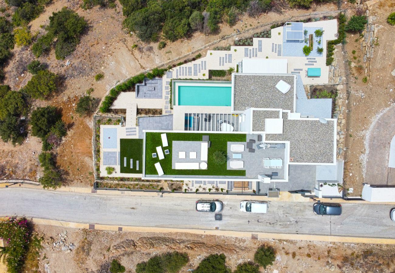 Villa in Marbella - Modern villa with amazing views Altos Los Monteros, Marbella