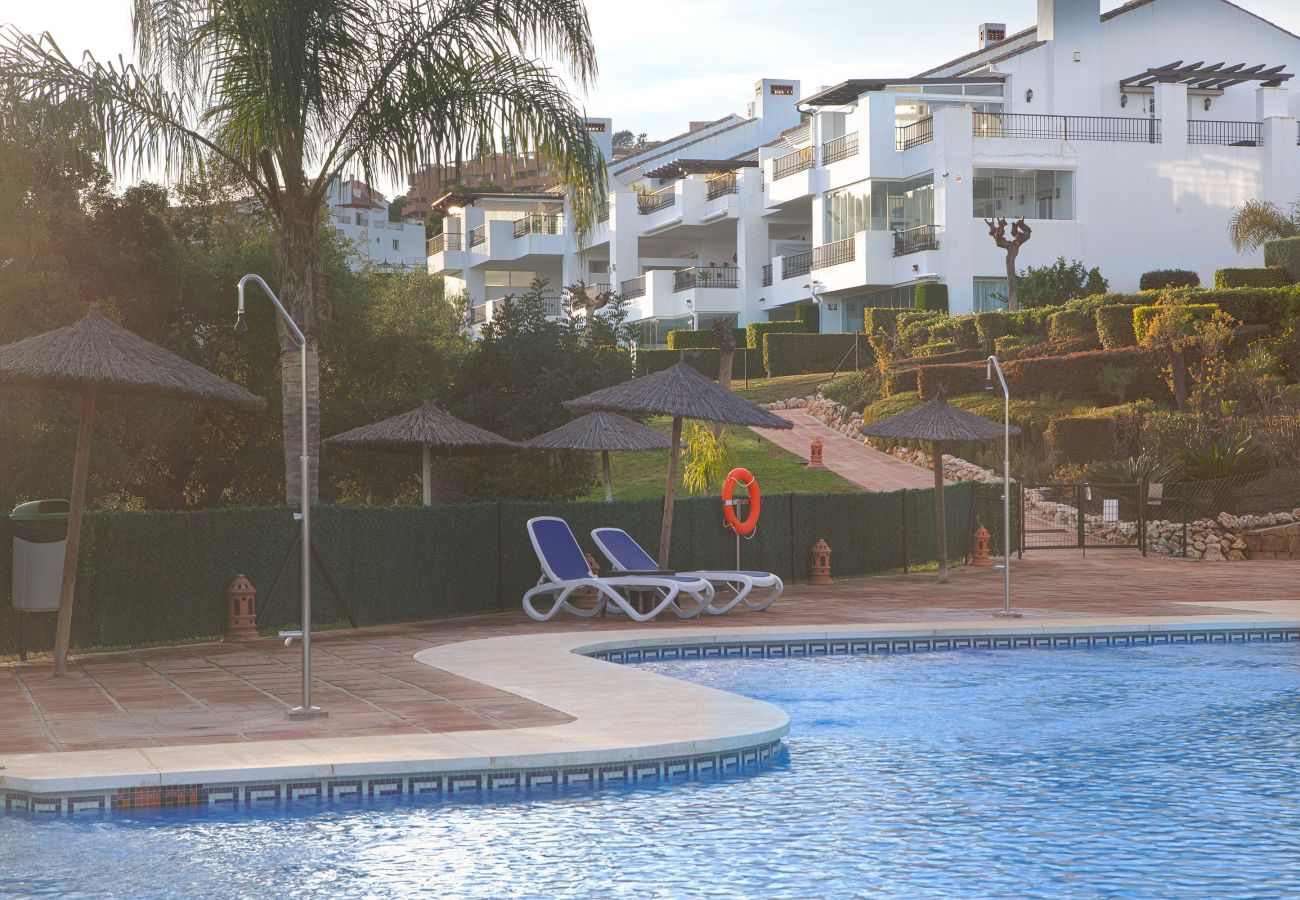 Apartment in Ojen - El Bosque de La Mairena apartment for rent