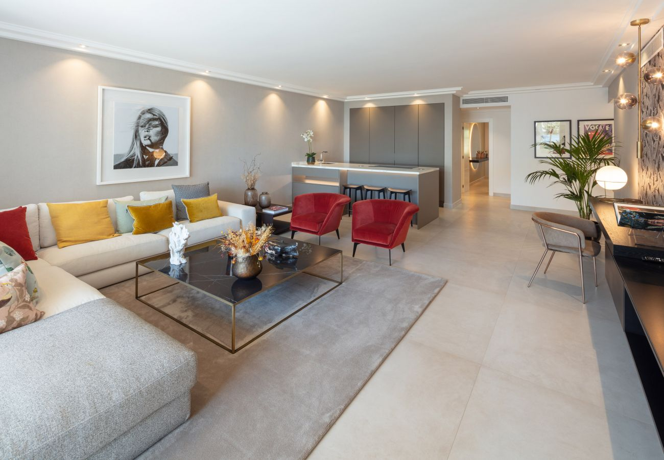 Apartment in Marbella - Ground floor apartment for sale in Puente Romano, Marbella