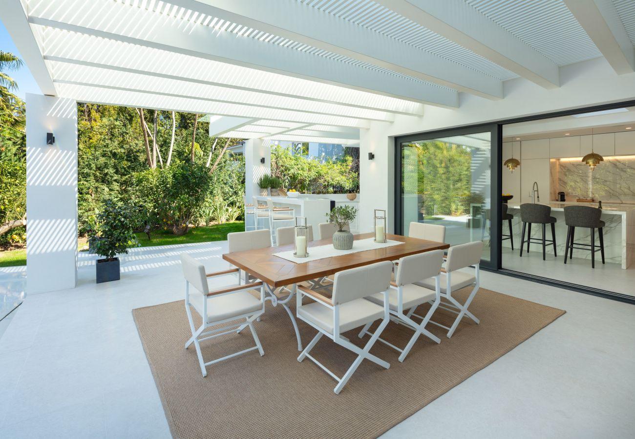 Villa/Dettached house in Marbella - Amazing villa in Nueva Andalucia, Marbella