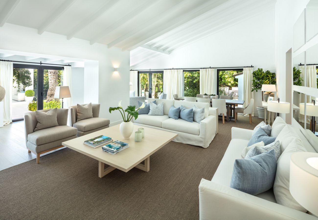 Villa/Dettached house in Marbella - Luxury villa for sale in Nueva Andalucia